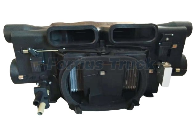 Sinotruk Howo Truck Parts Heater assembly WG1642828004
